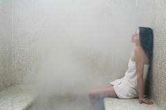 Одной из причин головной боли после бани может быть отравление угарным газом, проникшим в парную из печи.