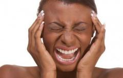 Чаще всего после сауны болит голова из-за неправильного поведения человека в парной.