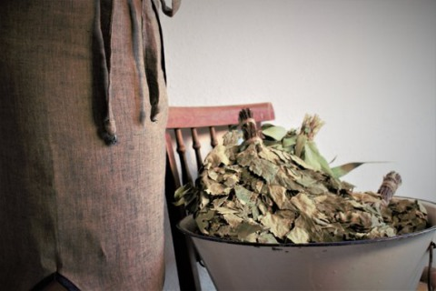Правильно заготовленные березовые веники подарят заряд бодрости и здоровья.