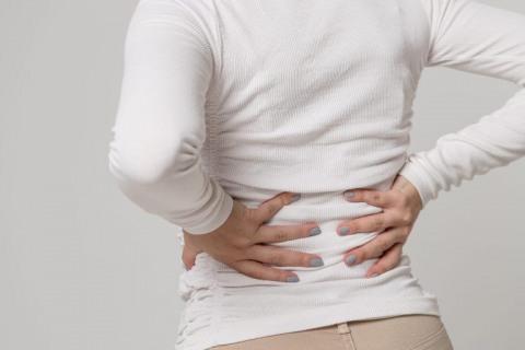 Сауна рекомендована при остеохондрозе в стадии ремиссии и для профилактики заболевания.