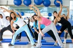 «За» - сауна повышает микроциркуляцию крови, за счет чего восстанавливается мышечный тонус после тренировки