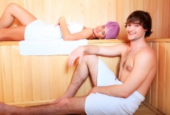 Баня показана для лечения многих мужских недугов