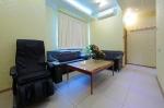 Массажное кресло в гостиной