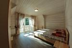 Комната отдыха с балконом