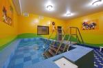 детская комната с бассейном